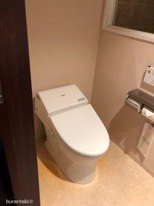 自動洗浄のトイレ