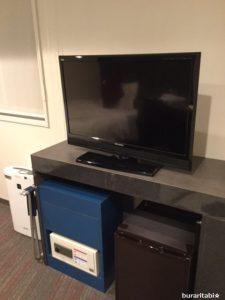テレビ、冷蔵庫など