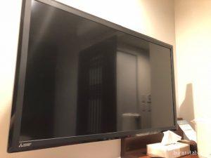 大きなテレビ