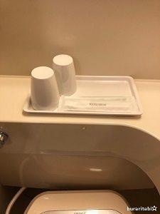 コップと歯ブラシセット