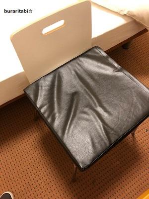 エアクッションと椅子